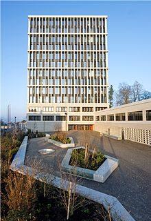220px-Schweizerisches_Bundesverwaltungsgericht,_St.Gallen