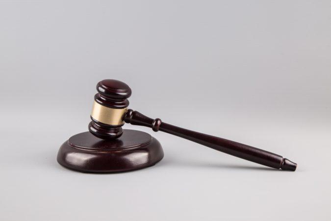judge-gavel-14612873136IO